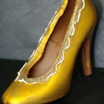 Fully edible chocolate shoe